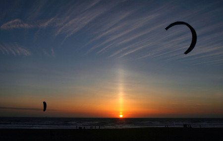 Sun Pillar And Kitesurfers San Francisco Brocken Inaglor