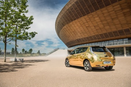 Nissan Leaf Oro