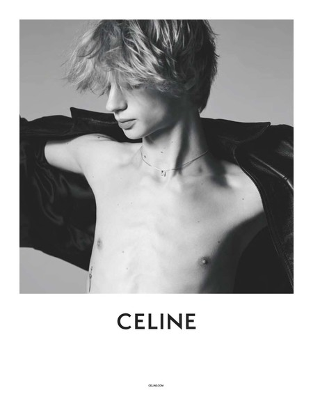 La primera campaña de CELINE por Hedi Slimane no nos muestra mucho, pero nos deja con ganas de saber más