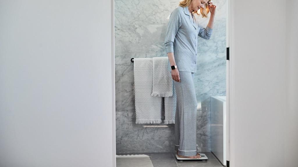 Fitbit Aria Air: una nueva báscula inteligente más accesible y fácil de usar