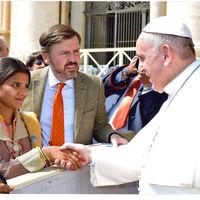 Waze comparte las rutas, recorridos y cierres viales durante la visita del Papa Francisco en Colombia