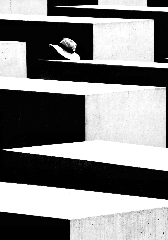 Foto de 'In Shadow/En Sombra', de Jose Luis Barcia Fernández (7/14)