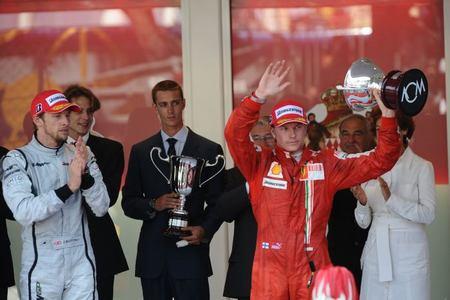 Jenson Button, Kimi Raikkonen y Adrian Sutil suenan para Ferrari