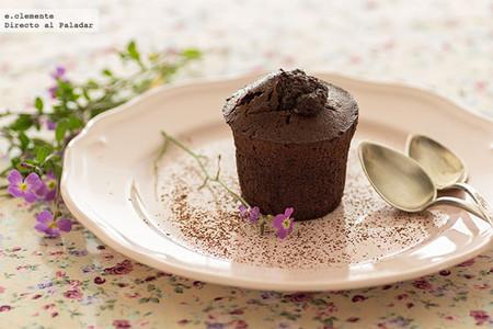 Pasteles tibios de chocolate y café. Receta