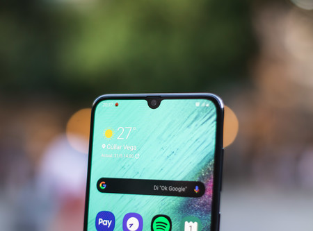 Samsung Galaxy A70 notch