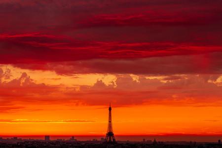 Parisin001