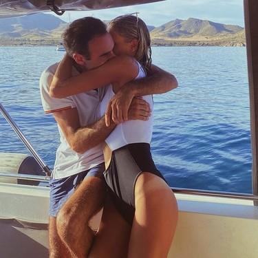 Enrique Ponce y Ana Soria: viento en popa y a toda vela ponen rumbo a la isla del amor