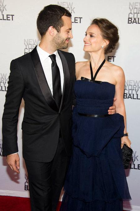 Y Natalie Portman pasó por el altar, ¡viva los novios!