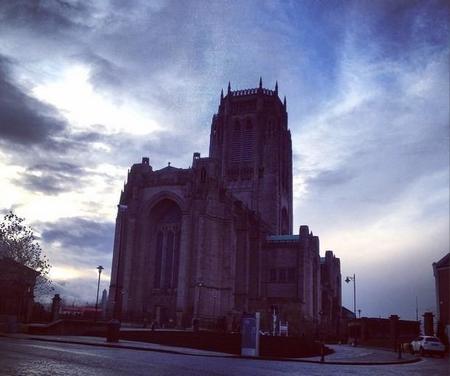 La catedral anglicana de Liverpool en la que te puedes tomar un café