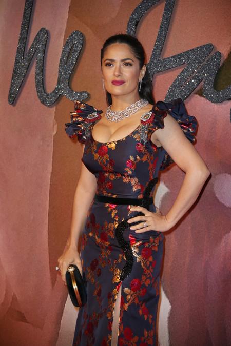 Salma Hayek se ha encargado de lucir el look más feo de los British Fashion Awards 2016