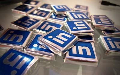 Las redes sociales profesionales no son para mostrar méritos, son para conectar