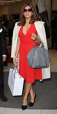 ¿Eva Mendes o Jacqueline Kennedy?