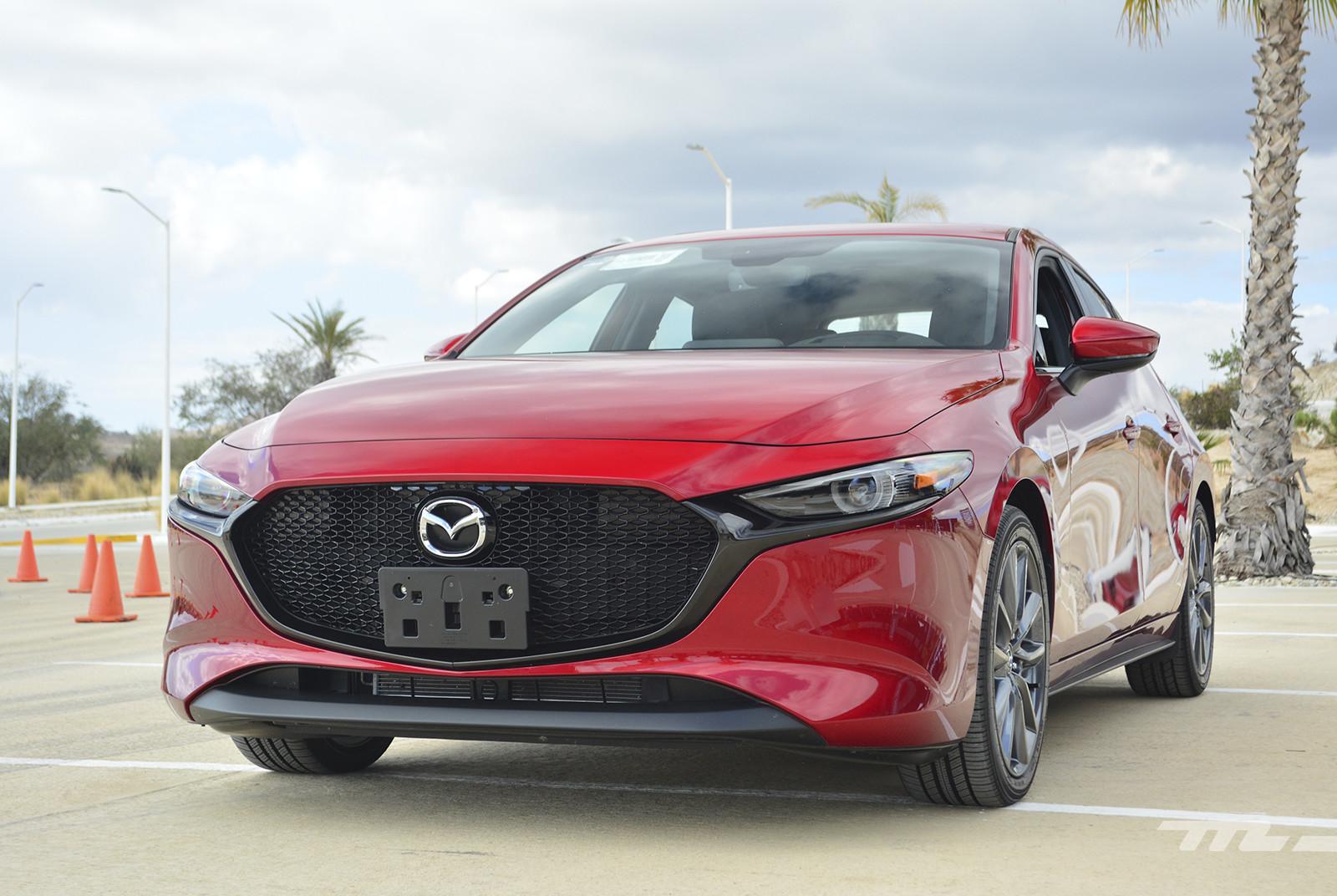 Foto de Mazda 3 2019 en México (10/27)