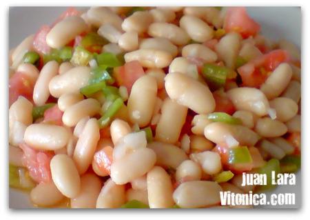 Ensalada fresca de alubias. Receta Saludable