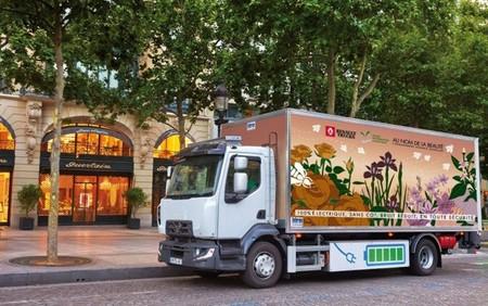 El camión eléctrico Renault Trucks D empieza a probarse en París