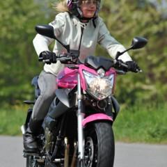Foto 24 de 51 de la galería yamaha-xj6-rosa-italia en Motorpasion Moto