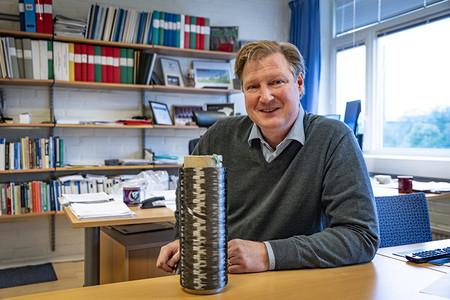 Leif Asp Kolfiber Webb
