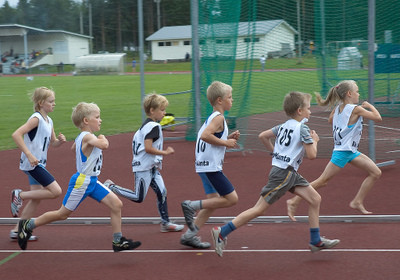 ¿Qué estimula a los niños a realizar actividad física?