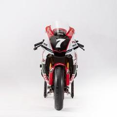 Foto 4 de 19 de la galería yamaha-yzf-r1-20-aniversario-2018 en Motorpasion Moto