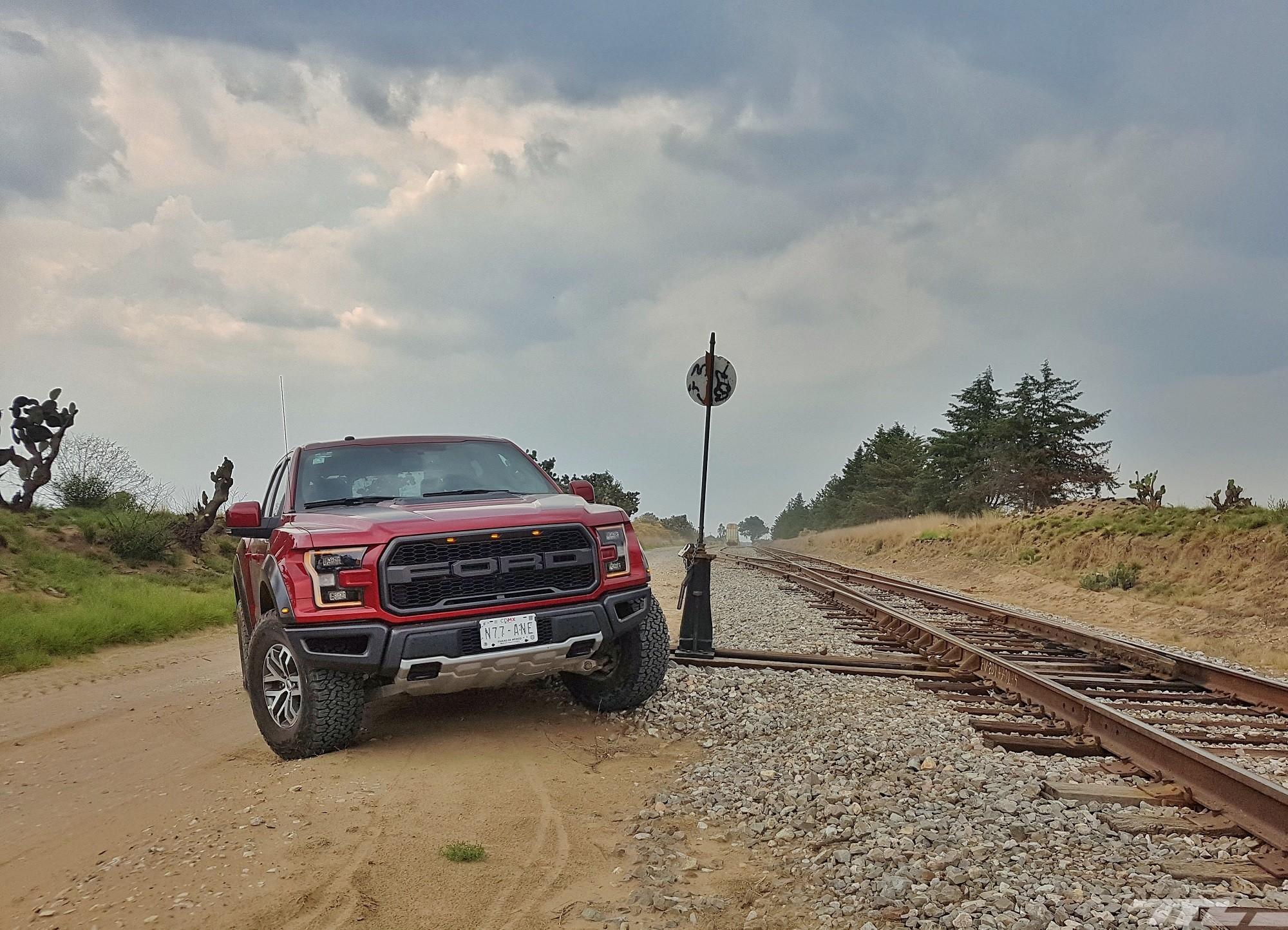Foto de Ford Raptor (13/44)