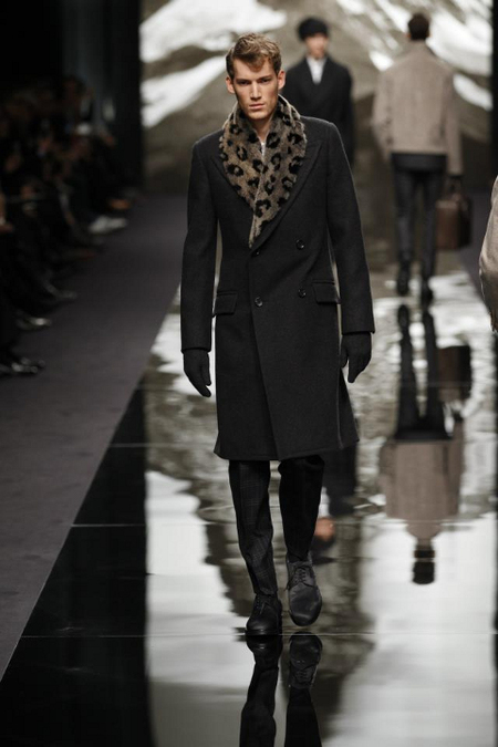 Abrigo Largo doble botonadura Louis Vuitton AW 2013