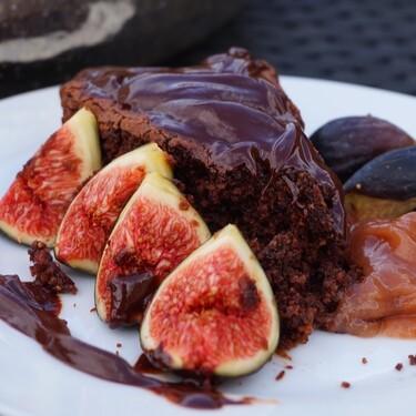 Receta fácil de pastel vegano de chocolate y dos recetas en video para celebrar el día mundial del pastel de chocolate