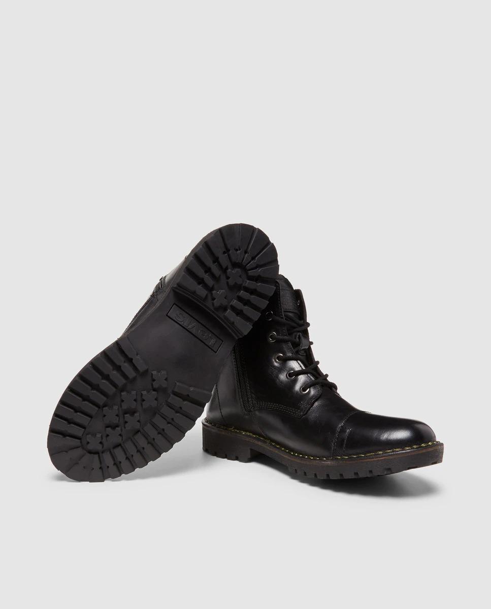 Botas de hombre Levi´s en piel de color negro