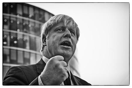Estas son las alternativas de Boris Johnson para afianzarse en el poder y evitar ser engullido por la vorágine del Brexit