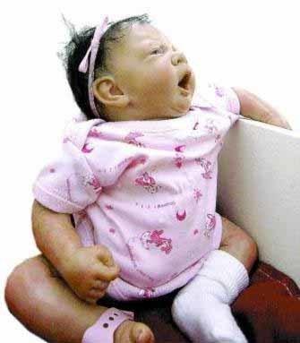 Nursery: muestra de arte de bebés casi reales