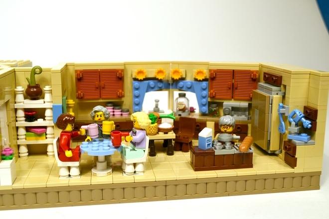 Foto de La versión LEGO de 'Las chicas de oro' (2/19)
