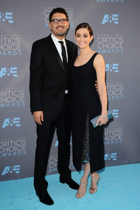 Emmy Rossum y Sam Esmail