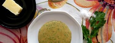 Vinagreta de mantequilla negra: la salsa de tres ingredientes que cambiará tu vida (y la de tus verduras y ensaladas)