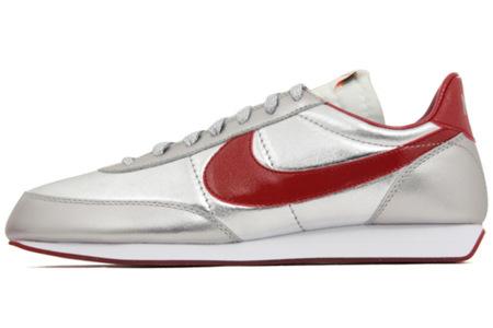 Nuevas Nike Sportswear 2012 Tailwind Night Track, vuelve el plateado