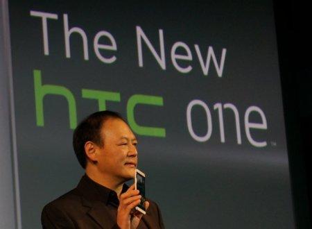 Peter Chou con el HTC One