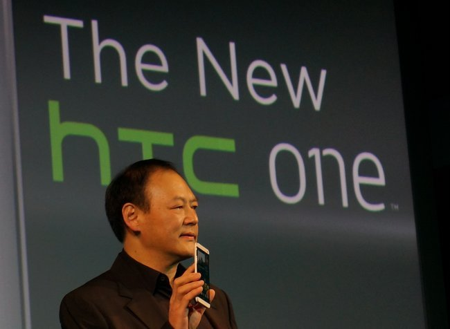 Peter Chou con el HTC One