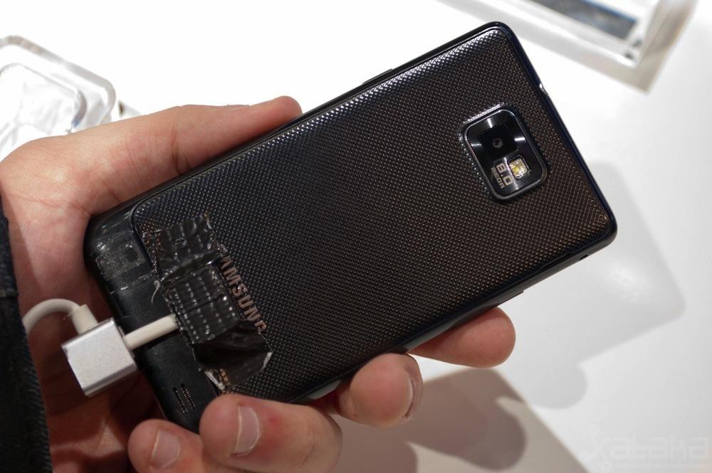 Foto de Samsung Galaxy S II en MWC 2011 (2/4)