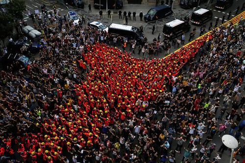 Corralito: qué es, cómo afecta a los ciudadanos y cómo de posible es en Cataluña