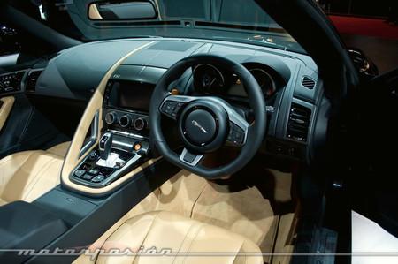 Jaguar F-Type, Salón de París 2012