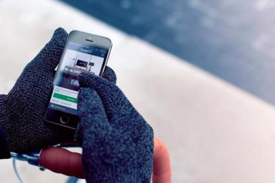 Mujjo renueva sus guantes para usar junto a dispositivos iOS