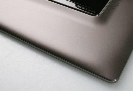 ASUS enseña un poco de su nueva tablet, ¿o es un teléfono?