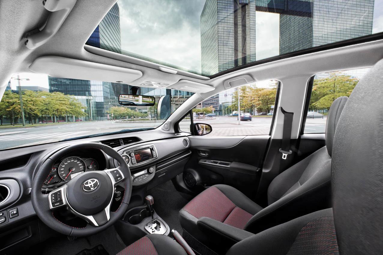 Foto de Toyota Yaris 2012 (31/33)
