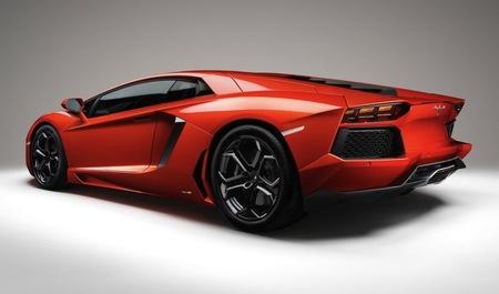 """Mejoras """"Eco-Friendly"""" para el Lamborghini Aventador 2013, nadie se libra de las normativas de emisiones"""