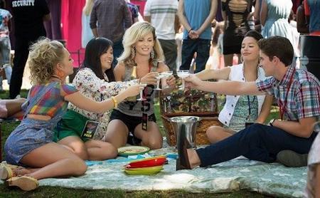 'The Carrie Diaries' le pilla el tranquillo a su tono inofensivo en la segunda temporada