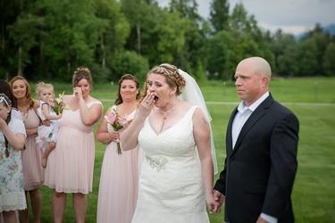 Ella quiso reservar un sitio en su boda en honor a su hijo fallecido, pero alguién ocupó esa silla