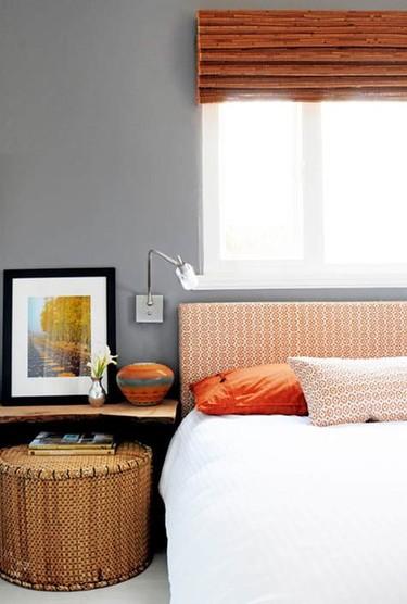 Puertas abiertas: un dormitorio naranja