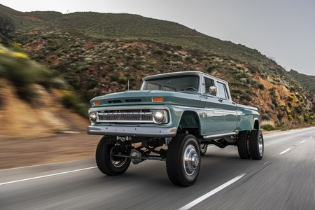 This is the brutal Rtech Chevrolet 'Ponderosa': a huge pick-up restomod with a Dodge heart