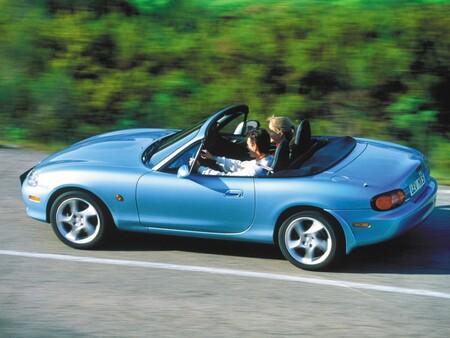 Contra todo y contra todos: los orígenes del Mazda MX-5 y el triunfo absoluto de un coche que nadie iba a comprar