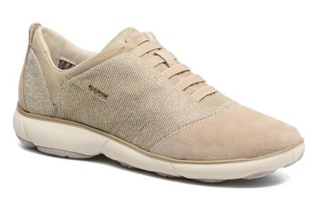Estas elegantes zapatillas Geox D Nebula están un 40% rebajadas en Sarenza: ahora cuestan 77,90€ con envío gratis