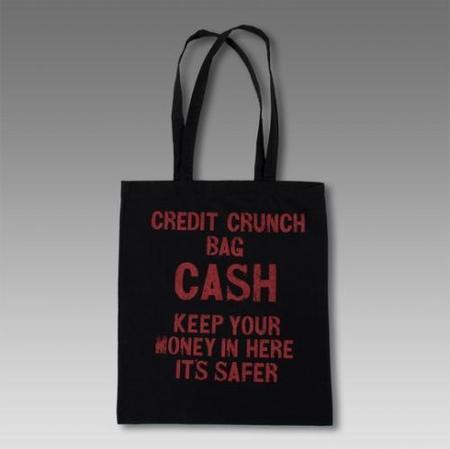 ¿Esta el dinero más seguro en casa?
