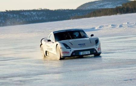 Electric Race About en el hielo